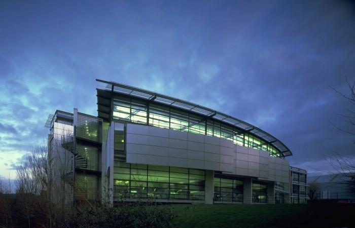 edificio universidad salford