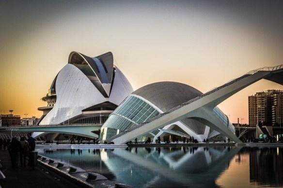 edificios arquitectura museo exposicion agua valencia