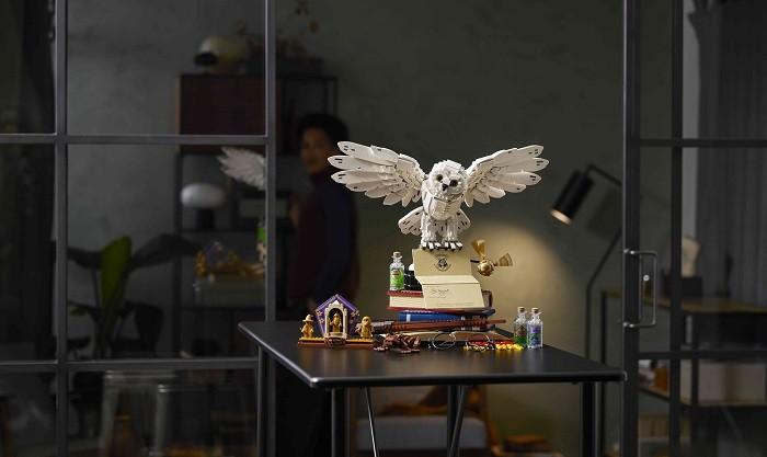 Lechuza-de-la-edicion-de-coleccionista-LEGO-Harry-Potter