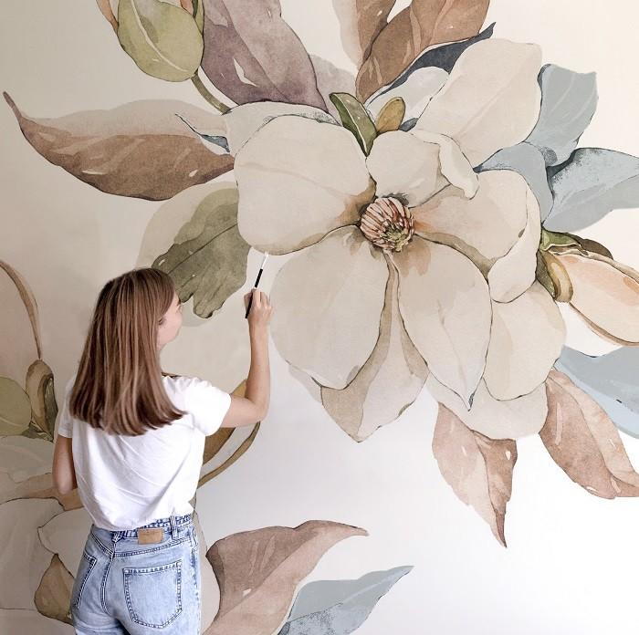 Mural-floreado-pintado-por-una-artista