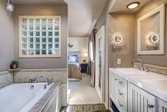 baño completo color taupe