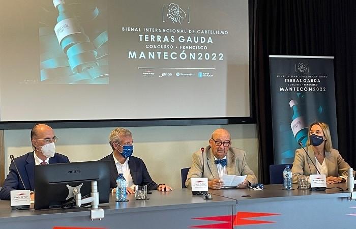 Mesa con los jurados de la bienal internacional de cartelismo Terras Gauda