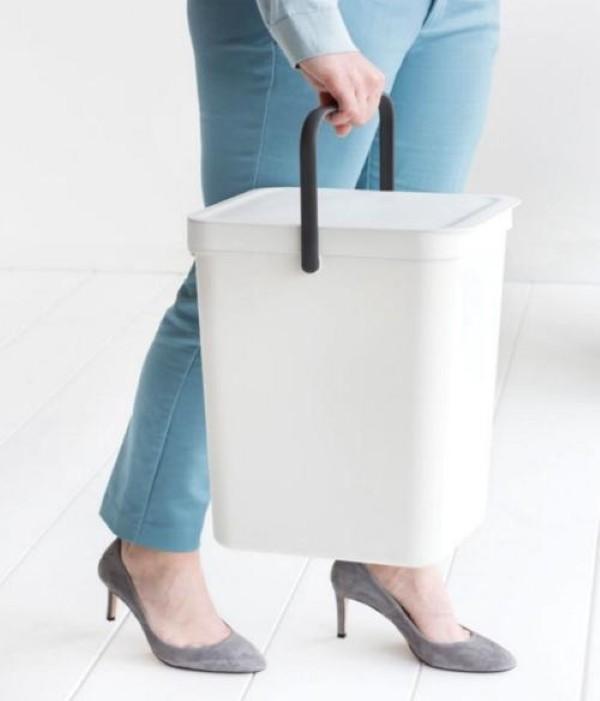 papelera blanca sencilla