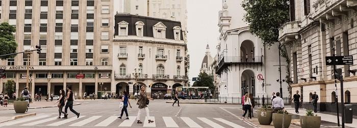 paso de peatones en Buenos Aires