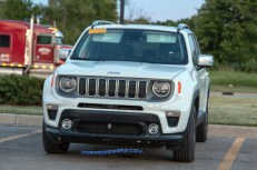 2019 Jeep Renegade Limited 4x4. (Real Fast Fotography)