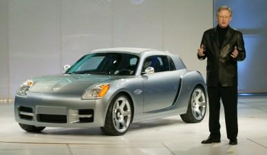 Trevor Creed, Senior Vice President Chrysler Group Design & 2004 Dodge Sling Shot Concept. (Dodge).