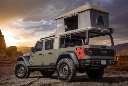 Jeep® Wayout Concept. (Jeep®).