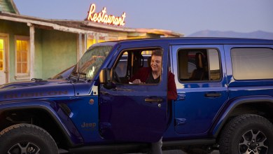 "Photo of Jeremy Renner Joins Jeep® Brand To Kick Off ""Summer of Jeep""!"