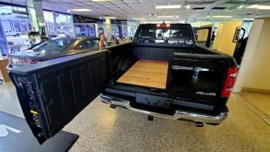 Photo of Ram 1500s With The Multifunction Tailgate Are Landing On Dealer Lots: