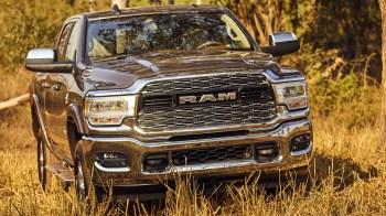 Brazil-Spec 2019 Ram 2500 Laramie Crew Cab 4x4. (Ram).