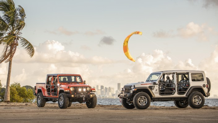 "2020 Jeep® Gladiator and Wrangler Unlimited ""Three O Five"" Edition. (Jeep)."