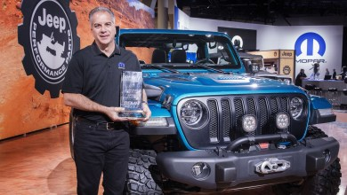 "Photo of Jeep® Wrangler Wins 10th Consecutive ""4×4/SUV of the Year"" Award At SEMA:"