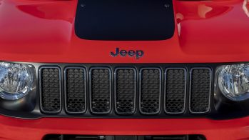 French-Exclusive 2020 Jeep® Renegade Quiksilver Winter Edition. (Jeep France).