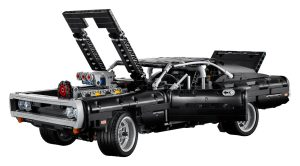 LEGO® Technic™ Dom's Dodge Charger. (LEGO).