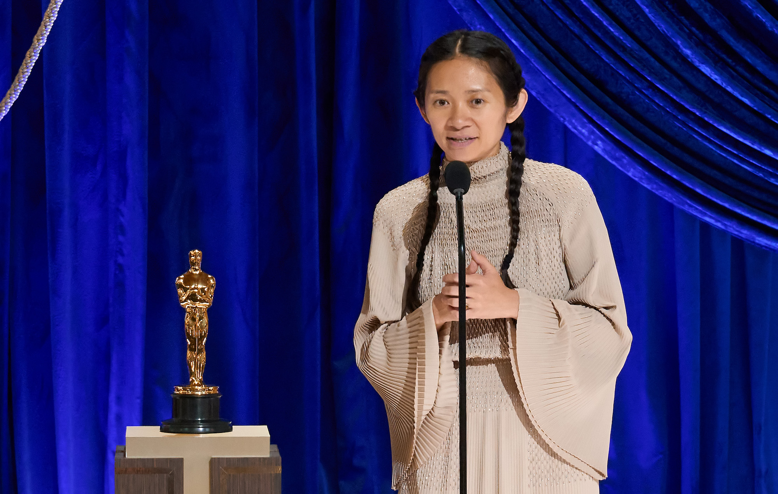 La histórica victoria de Chloé Zhao en los Oscars es censurada en China