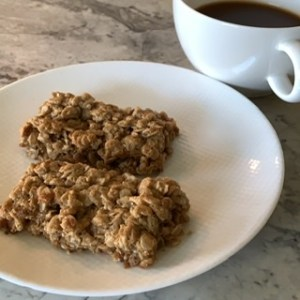 Oatmeal Cookie-Bars