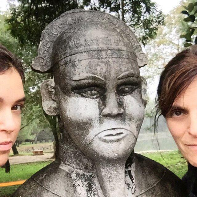 Erin & Mom & Statue