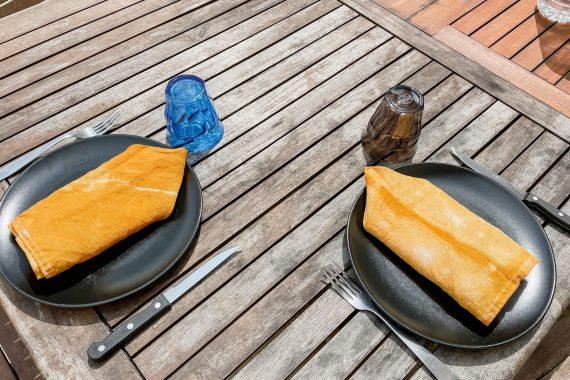 IDEAL TEINTURE  #1 : Mes serviette de table jaune moutarde