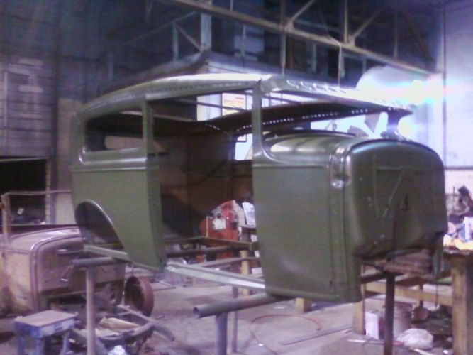 Green 31 Sedan 13
