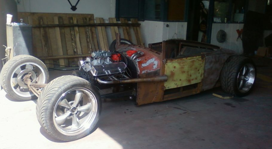 Green 29 Roadster 01