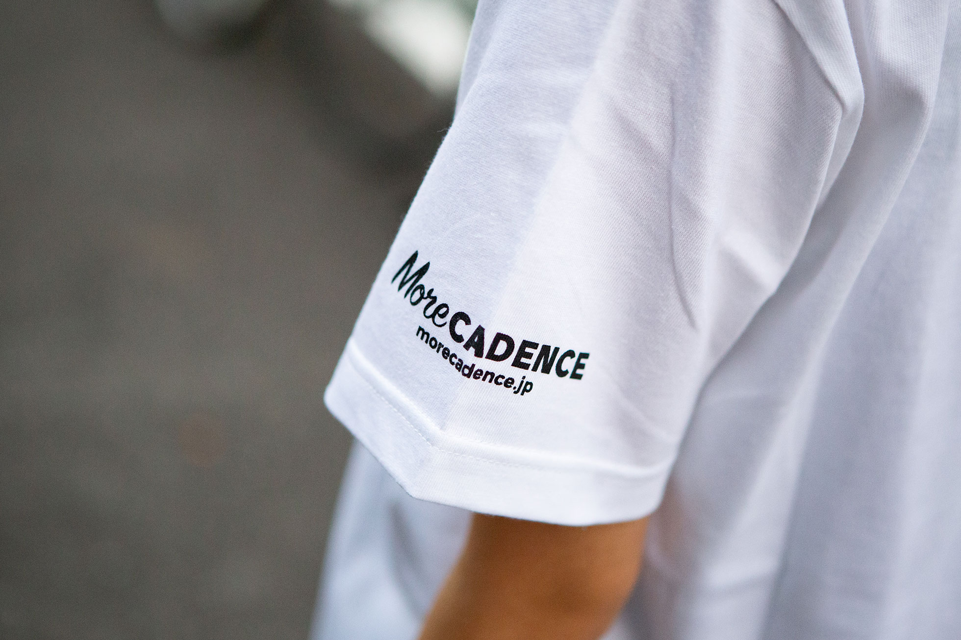 More CADENCE Tシャツ