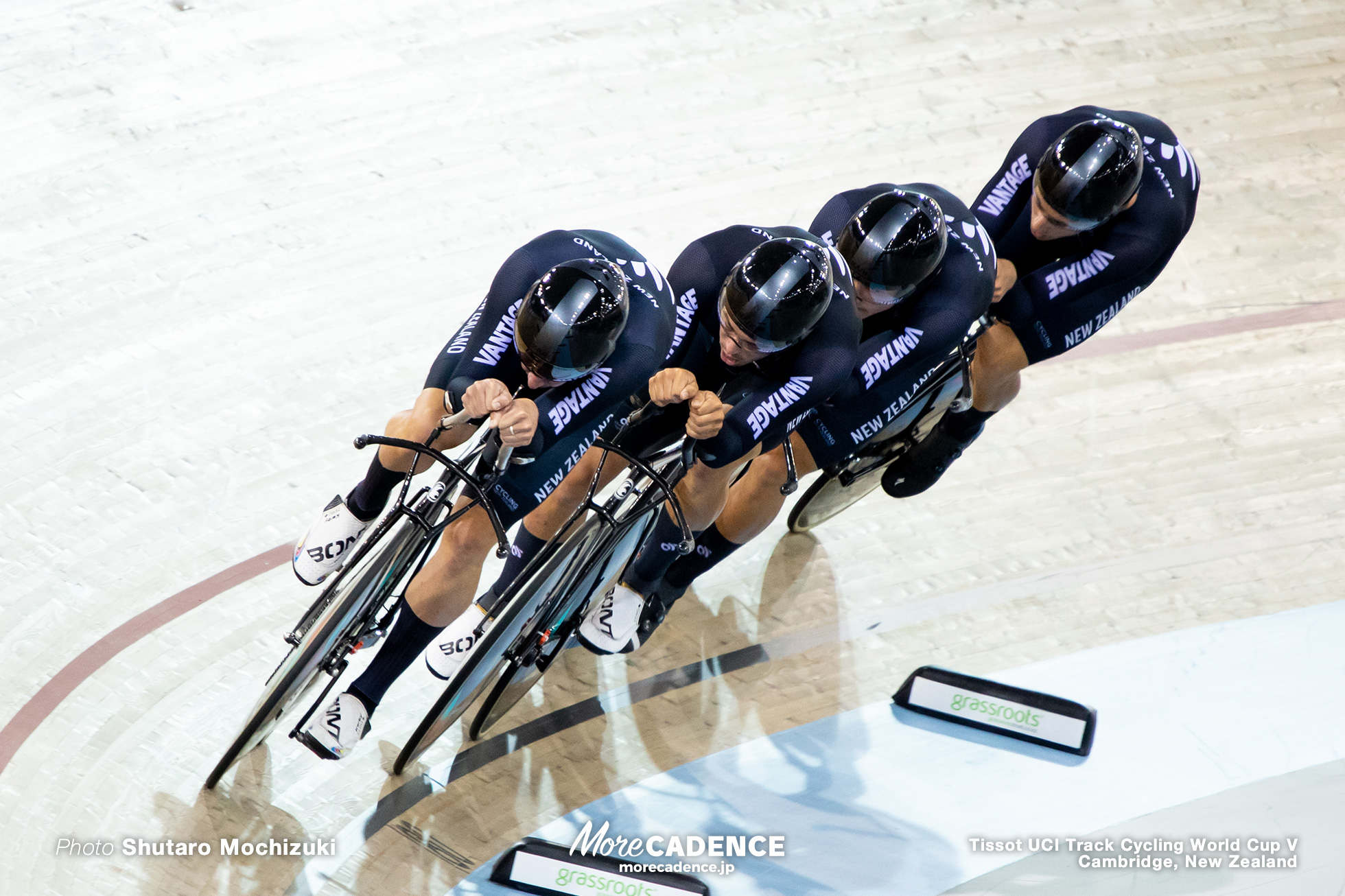 Final / Men's Team Pursuit / Track Cycling World Cup V / Cambridge, New Zealand