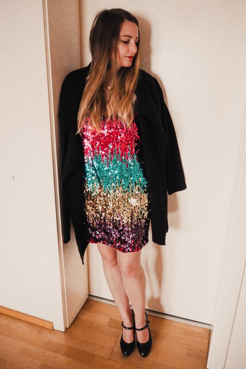 Sequin Dress | Kleid mit Pailletten Outfit