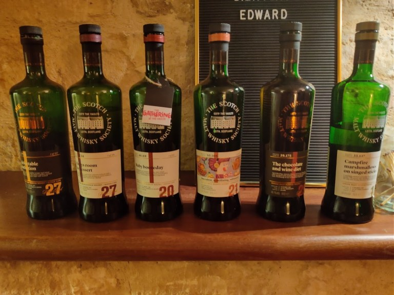 The lineup for the tasting: 6 SMWS bottlings.