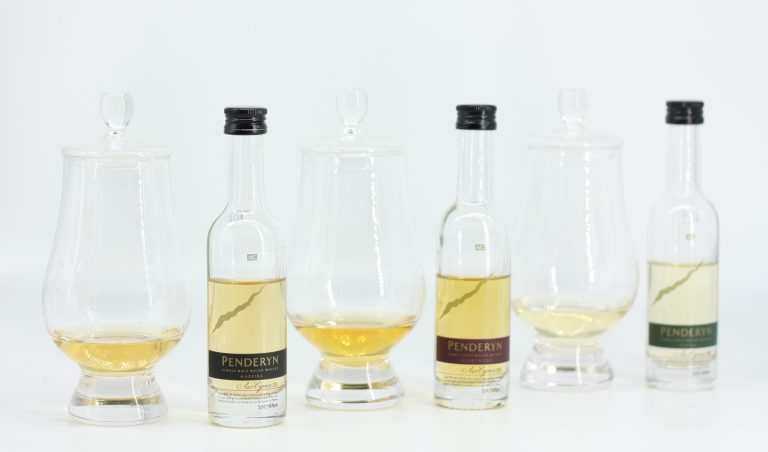 The Penderyn Tweet Tasting lineup: Madeira Finish, then Sherrywood, then Peated.