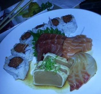 12 pcs Sashimi with Spicy Tuna Roll