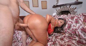 Big Tit Titty Fuck Fest - Sandra Leon Big Titties and Huge Ass colombian mami
