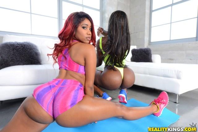 Tara-Fox-big-booty-queens-pics