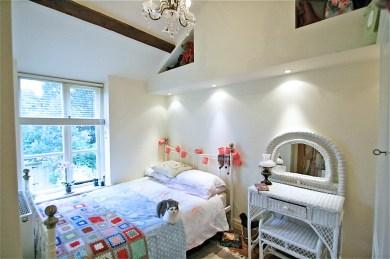 Rose bedroom landscape 2