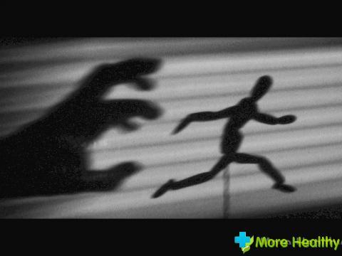 Как бороться со страхом самостоятельно и с помощью специалиста