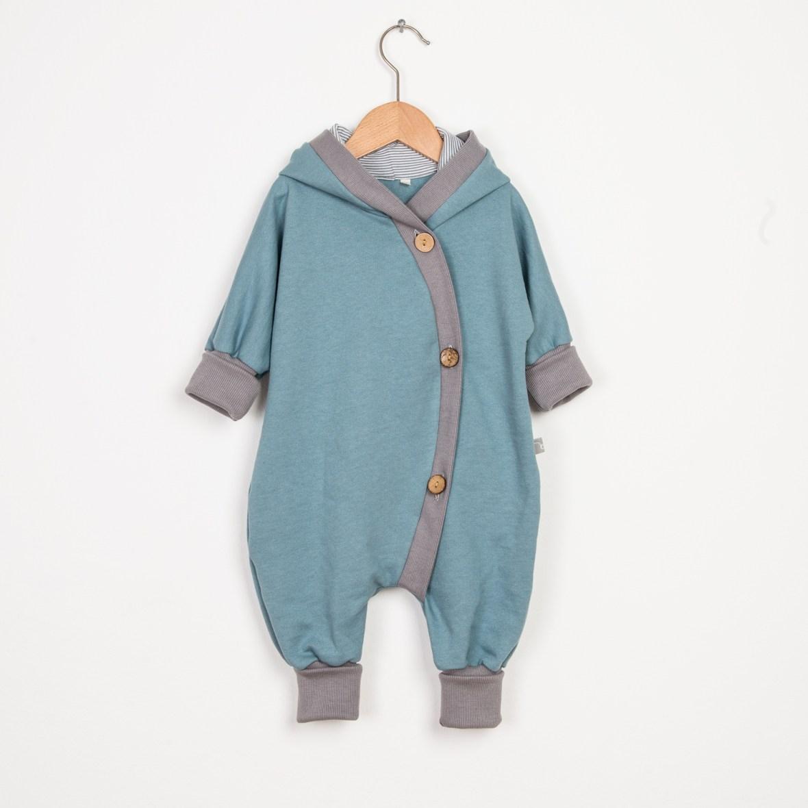 Herbst-Outfits-für-Kids-Kuschelanzug
