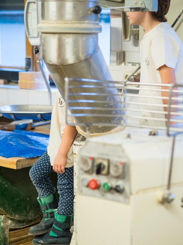Krapfen backen mit Kindern - Bäcker Rührmaschine mit Kindern
