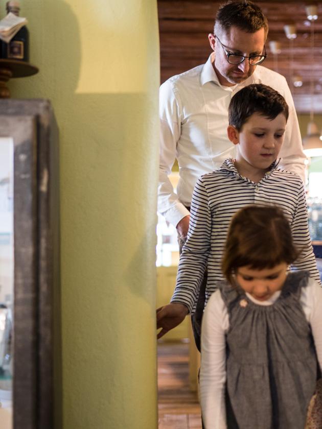 Greisslerei beim Taubenkobel_Papa mit Kindern