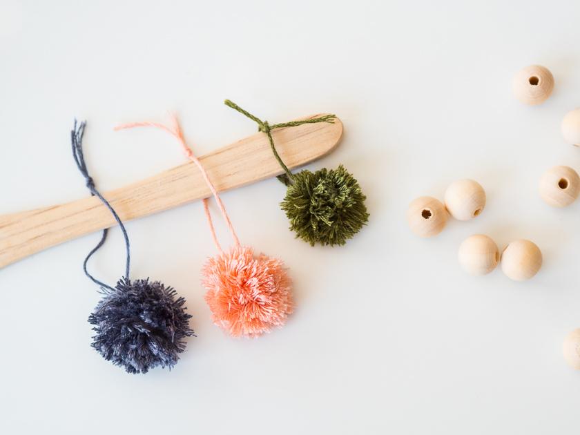 Einfache DIY Pom Pom Ketten_Herbst DIY