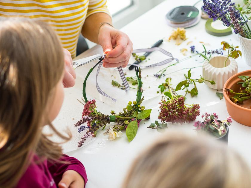 Brunchparty Kindergeburtstag für Mädchen_Blumenreifen