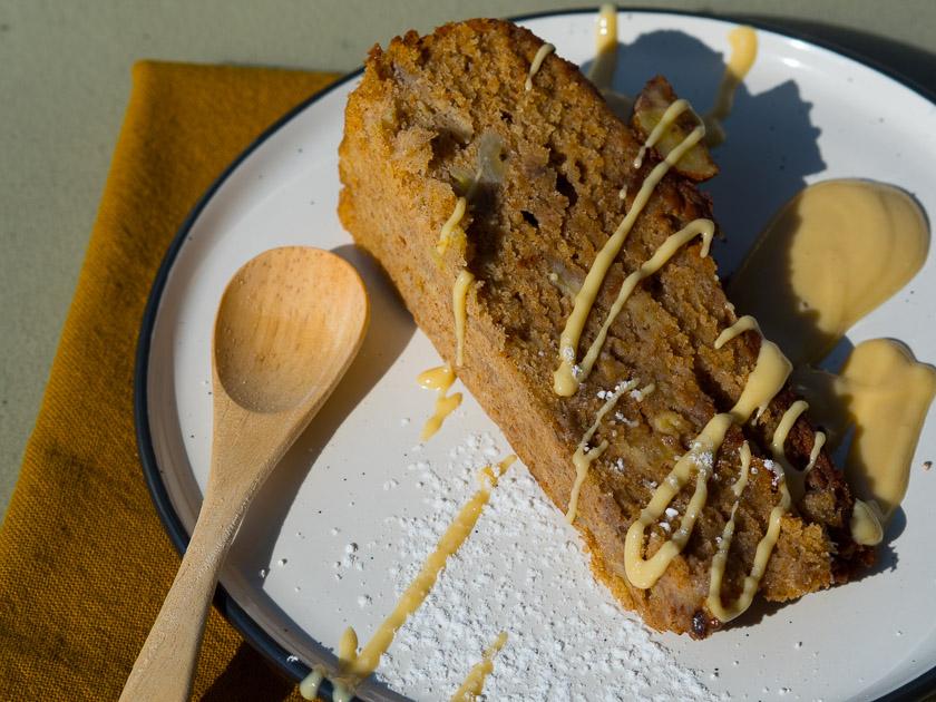 Geburtstagskuchen mit Gemüse_Bananenkuchen mit Mandelmus