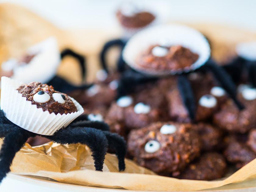 Last Minute Halloween_Schoko Spinnen Cookies