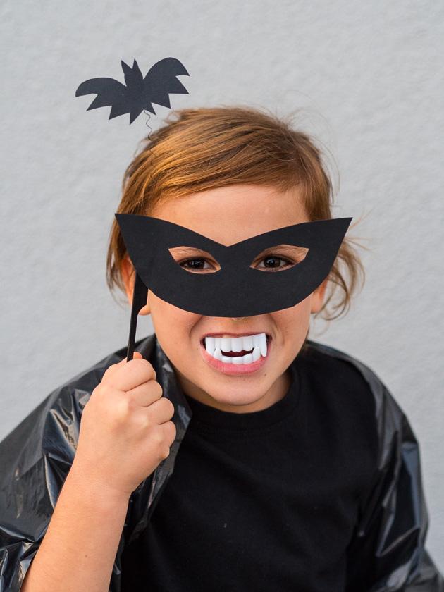 Last Minute Halloween_Vampir Maske