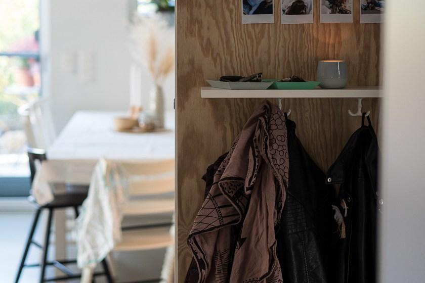 Vorraum mit Kindern_Garderobe