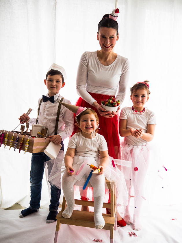Familien-Faschings-Verkleidung_Erdbeer-Sahne-Törtchen