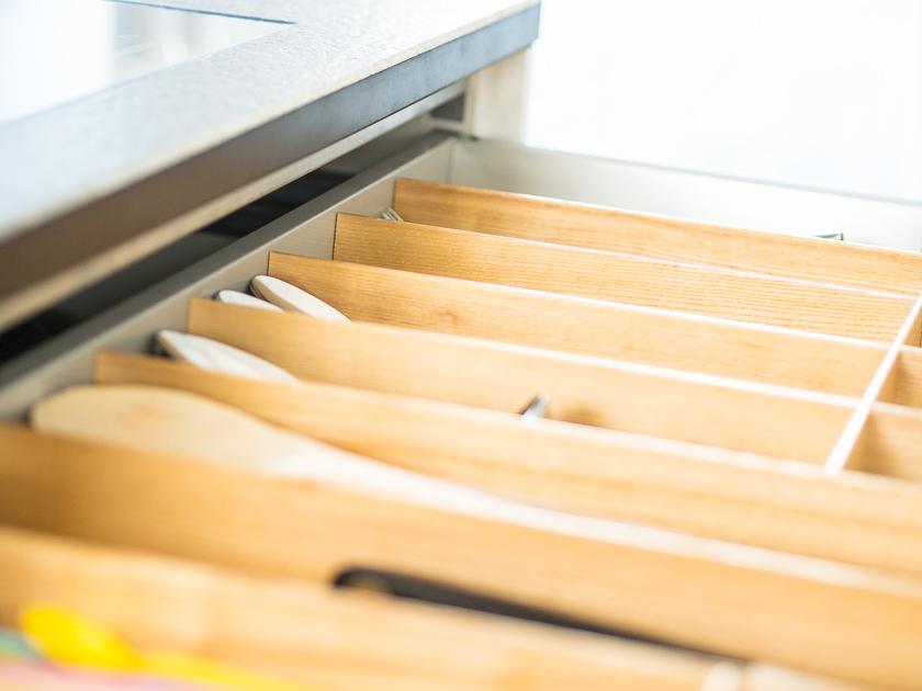 Küchenutensilien für Familien_Bestecklade