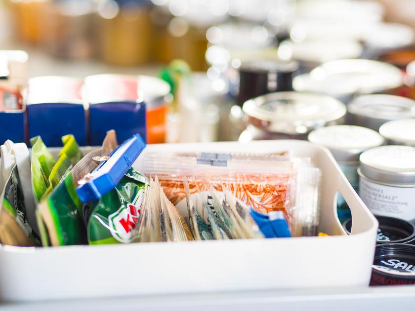 Familien-Küchen-Organisation leicht gemacht_Gewürz Schublade