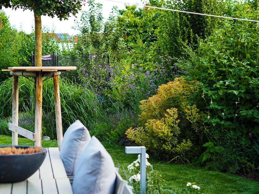 Familiengarten für Faule_Staudenbeet