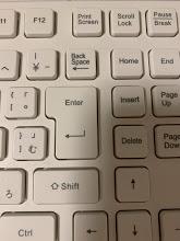 Wordの文字が消える!上書きモードを解除する方法は?