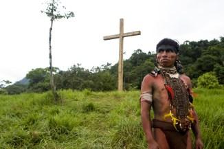_MG_2375 TLL- JC Aduviri as Hatuey with crosses copia