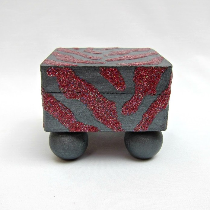 DIY-Zebra-Box